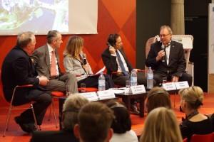 Eine angeregte Podiumsdiskussion in Brüssel © MV-Infobüro