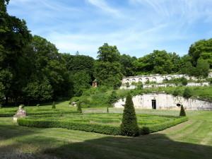 Le parc avec sa terrasse©B.de Cosnac