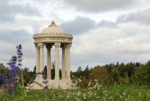 Temple dans le parc du château de Dennenlohe © Dennenlohe