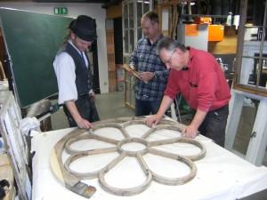 Tischler Restaurierung eines Rundfensters